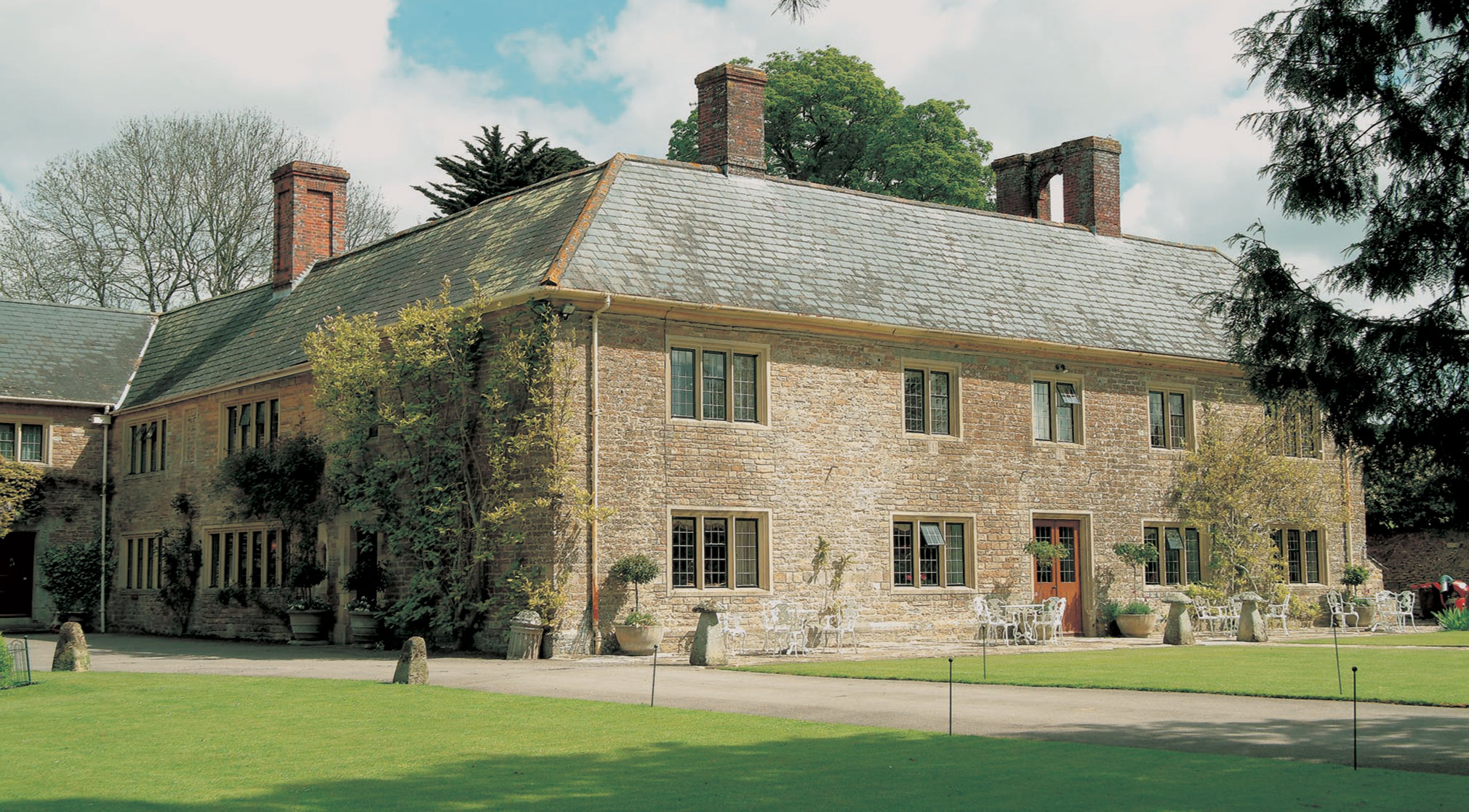Country house hotels Dorset